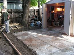 picture of how to make a nice cement patio