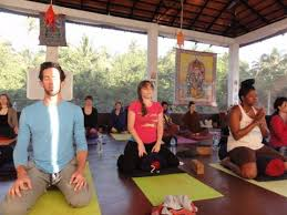 200 hours yoga teacher in goa india retreat in morjim