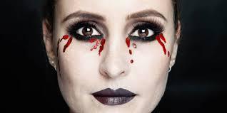 how to bleeding eyes makeup tutorial mac makeup step by