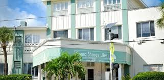 Grand Shores West | RedWeek