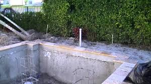 Luxury Outdoor Design Swimming Pool Trellis Outdoor Kitchen - Outdoor kitchen designs with pool