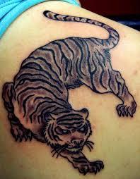 тигра тату на лопатке татуировка тигр значение татуировок и смысл