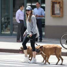 H Jessica πηγαίνει βόλτα...