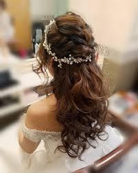 平原さんのヘアスタイル 披露宴ハーフアップ営 Tredina 花嫁