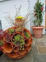 garden ideas using terracotta pots