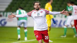 Unkarin joukkue tiedotti sunnuntaina hyviä uutisia, että szalai on päässyt pois sairaalasta. 1 Fsv Mainz 05 Gewinnt Auch Beim Sv Werder Bremen Adam Szalai Trifft Zum Sieg Eurosport