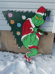 grinch christmas door decorating ideas. Creative Commons Attribution Noncommercial No Derivative Works 30 Grinch Christmas Door Decorating Ideas I