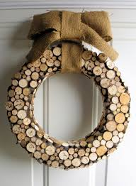 simple christmas wood projects. nature inspired christmas wreath. small wood projects 1 simple l