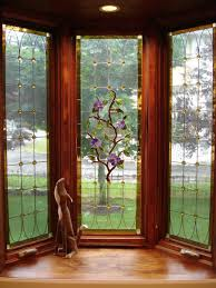 Interior:Small Bay Window Design With Plant Ornament Modern Bay Window  Design with Simple Arrangement