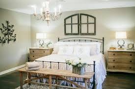 Joanna Gaines Master Bedroom Designs 40 Farmhouse Style Master Bedroom Decorating Ideas Rustic