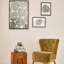 ideas for decorating an empty wall