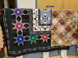 Kitsap Quilters' Guild celebrates their 30th Anniversary ... & Evelyn loves to applique and makes magnificent quilts. The quilt with the  Christmas blocks was made from our guild Christmas block exchanges where  people ... Adamdwight.com