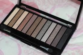 makeup revolution iconic 2 eyeshadow palette rs 1200 available at jabong