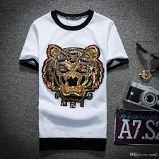 Trendy Shirt Designs 2018 2018 Spring Summer Famous Brand For Men T Shirt Designer Luxury Red Black Stripe Letter Print Tshirt Runway Tiger Cat Tees Casual Top Trendy T Shirts