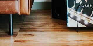 Anschließend kann der fußboden ihres gartenhauses montiert. Vinyl Ein Moderner Bodenbelag Mit Vielen Vorteilen