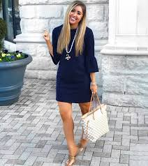 what color shoes go with a navy blue dress