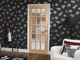 sa77 internal oak door with clear bevelled glass lifestyle roomshot