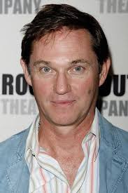 <b>Richard Thomas</b> - richard-thomas-04