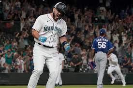 Torrens' 9th-inning single sends ...