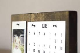 how to make a modern desk calendar this easy diy desk calendar stand