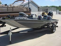 tracker pro for in warsaw mo pro s choice marine in stock
