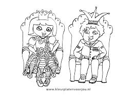 Dora Kleurplaten Koning En Koningin Kleurplaten Voor Jou