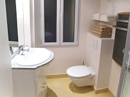Apartment Bathroom Decorating Ideas Theydesign Intended For - Small apartment bathroom decor