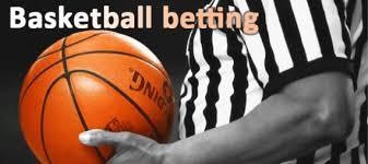 Basketbola likmes - Cilvēks ar bumbu rokās