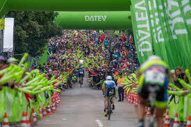 Both the current men's and women's records were set there. Andreas Dreitz Ist Erster Frankischer Challenge Roth Sieger Bayerischer Triathlon Verband E V