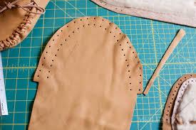 cut pattern for deerskin moccasins