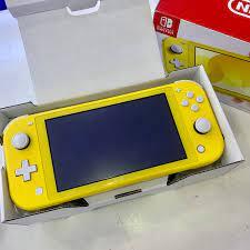 Máy Nintendo Switch Lite Yellow Cũ Fullbox
