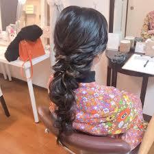 Moriyama Mamiさんのヘアスタイル 大人な編みおろし黒髪