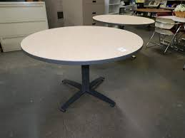 48 round lunch table with maple laminate top