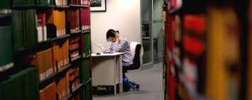 academic skills resources melbourne law school lms community login student studying in library
