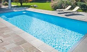 swimming pool. Schwimmbecken Farben Weiss 1 Swimming Pool