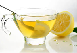 warm citroenwater