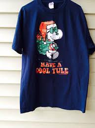 Peanuts/Snoopy Christmas T-Shirt, Peanuts Character Souvenir Tee ...