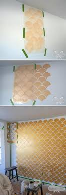 gold and white scallop accent wall