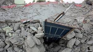 earthquake hundreds dead in balochistan bbc news rubble of a house in awaran balochistan on 25 2013