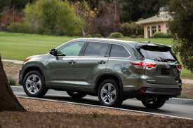 2016 Toyota Highlander Hybrid review: Is it worth the extra money ...