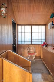 japanese minimalist furniture. A Harry Bertoia Chair And George Nelson Clock Accent The Entry Of 1960\u0027s House. Photography By Mark C. O\u0027Flaherty/Living Inside. Chairs Japanese Minimalist Furniture