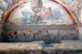 Décor du tombeau A41 de la nécropole romaine de Cumes