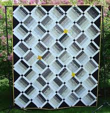Black And White Quilt Patterns Adorable 48 Beautiful Black And White Quilt Patterns