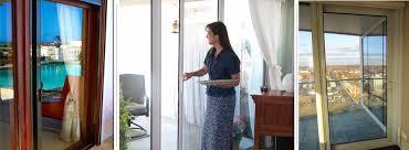 the vanishing sliding glass door screen