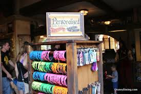 top 11 personalized gifts at walt disney world disney dining information