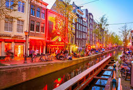 Amsterdam Red Light District Photo A Guide To Amsterdams Red Light District Lonely Planet