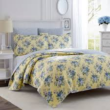 extra large king size quilts. Exellent Large Shop Laura Ashley Linley Reversible 3piece Kingsize Quilt Set  Free  Shipping Today Overstockcom 5222727 Inside Extra Large King Size Quilts N