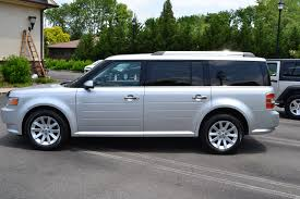 2009 Ford Flex Pre-Owned