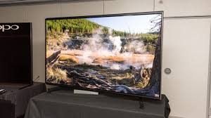 Sony Challenges Samsung For 8k Crown With 70 000 98 Inch Tv