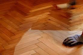 laminate vs hardwood floors cost